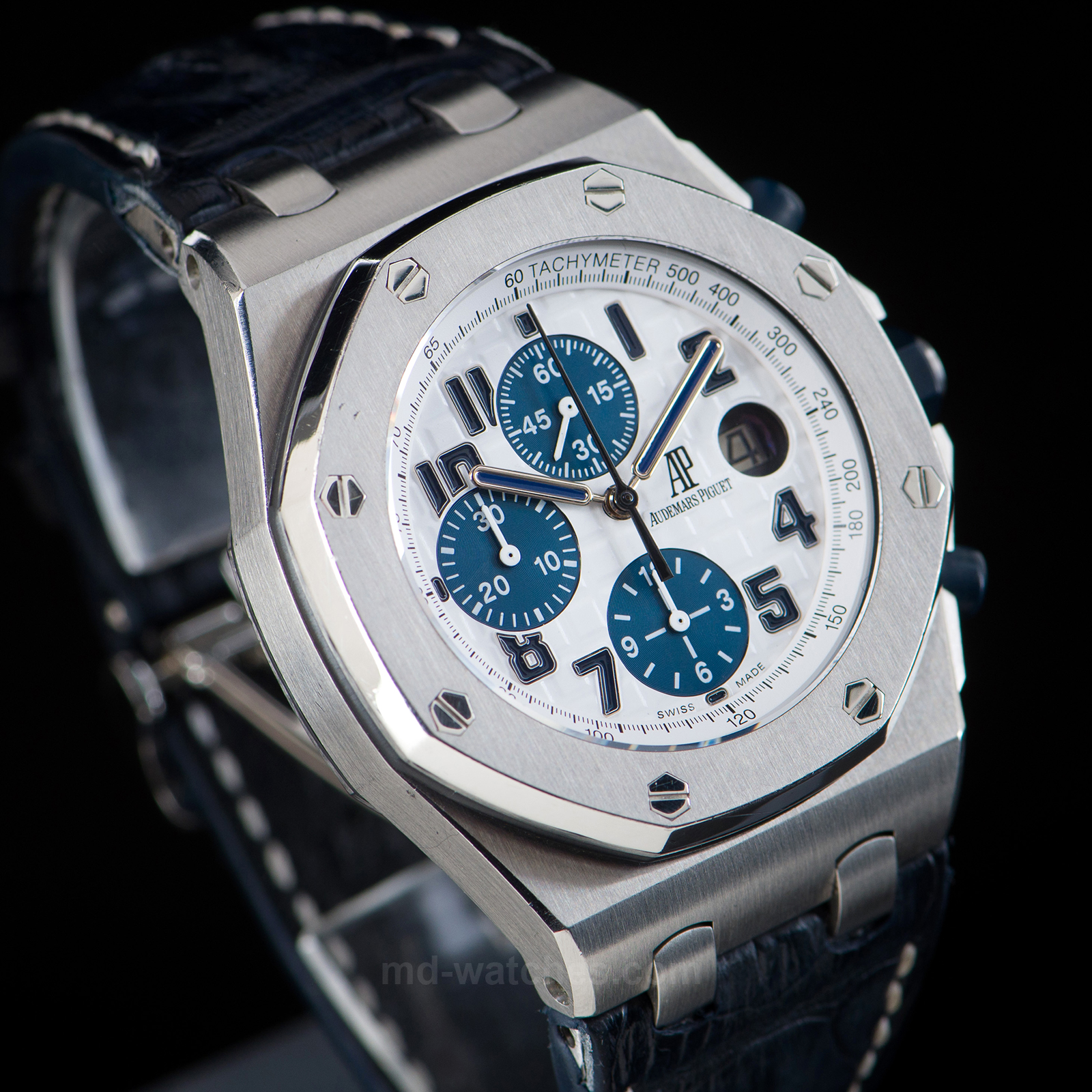 Audemars piguet royal oak offshore chronograph navy ref 26170st oo 42mm md watches for Royal oak offshore navy